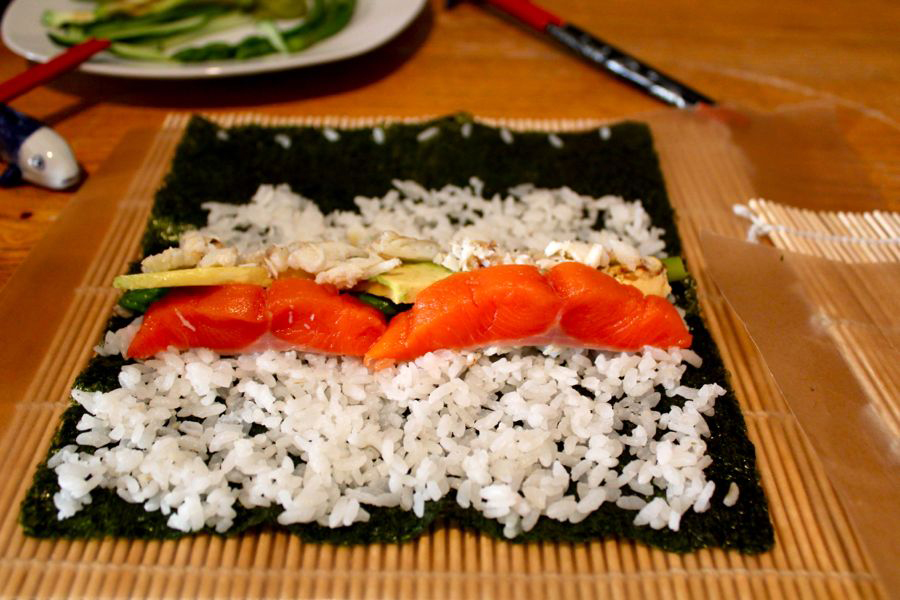 Makizushi Sushi Rolls at Home: Fill Up