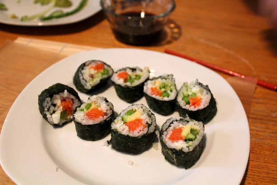 Makizushi Sushi Rolls at Home: Serve Up