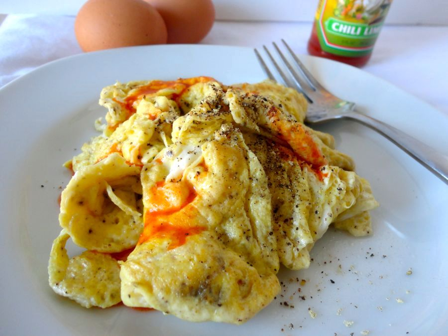 How to Make Super Fluffy Scrambled Eggs