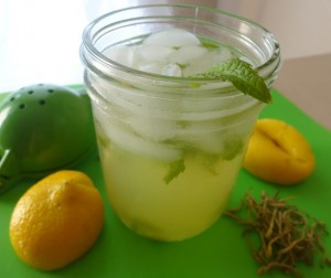 Honeysuckle Mint Lemonade