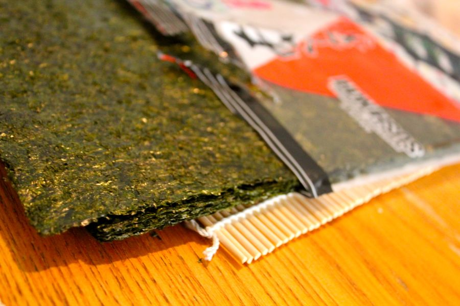 Throw a Sushi Party!: Nori