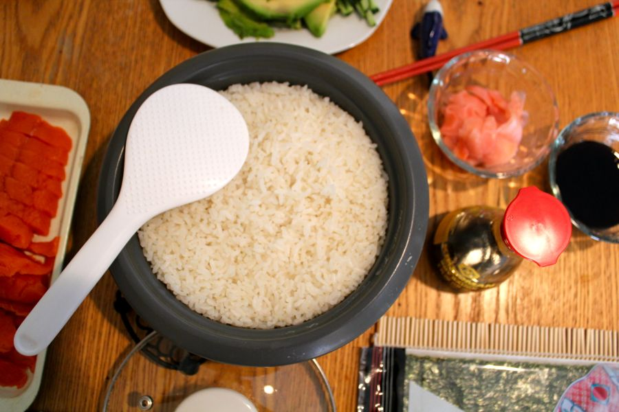 Throw a Sushi Party!: Sushi Rice