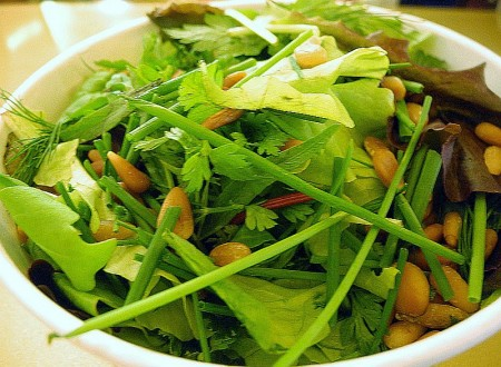 Spring Salad 101: How to Master This Simple Meal