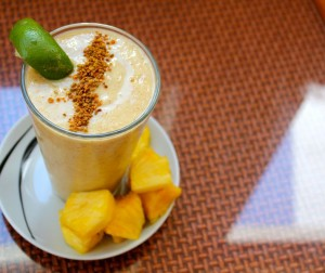 Guava Pineapple Smoothie With Almond Butter