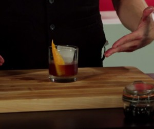 Video: The David Duchovny Old Fashioned Cocktail