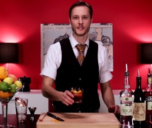 Video: The Tom Cruise Negroni Cocktail